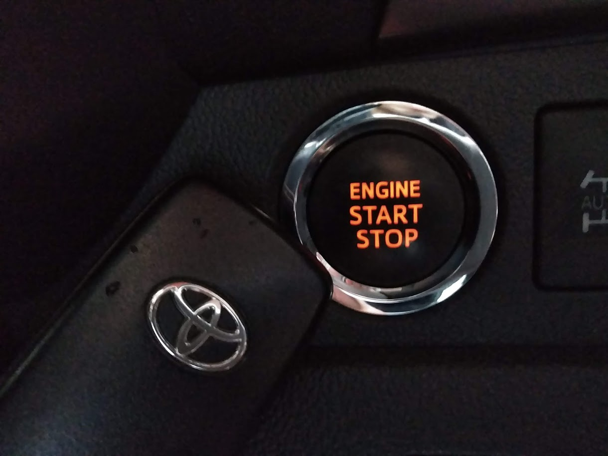 トラ エンジン かからない 軽